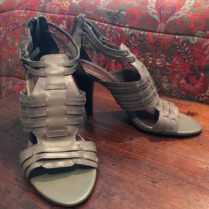 Beautiful ladies heels.